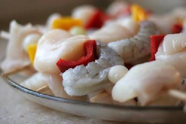 ... So Good Mall: Seafood Kabobs with Halibut, Salmon, Scallops and Shrimp