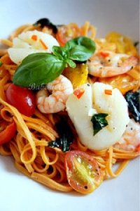 Angel-Hair Pasta with Scallops