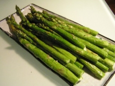 Asparagus in Warm Tarragon-Pecan Vinaigrette