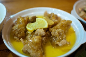 Chicken In Lemon Sauce