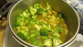 Hearty Broccoli Soup