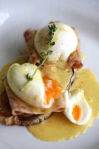 Light Hollandaise