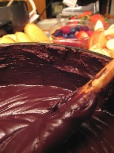 Low-Fat Chocolate Fondue