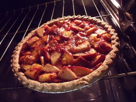 Raspberry-Peach Pie