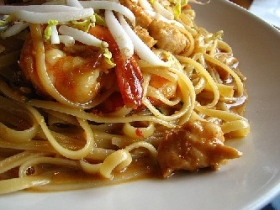 Linguine with Spicy Thai Shrimp Sauce