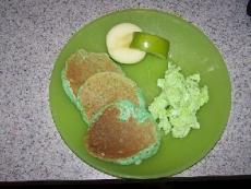 Green Buttermilk Pancakes