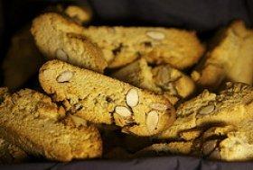 Cantucci (Hazelnut Biscotti)