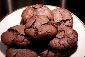 Chocolate Chocolate Chip Crackles