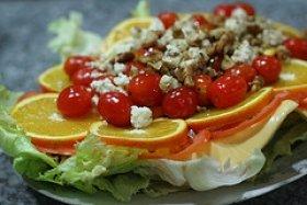 Orange Lettuce & Walnut Salad